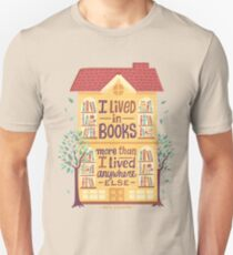 Lived in books Unisex T-Shirt