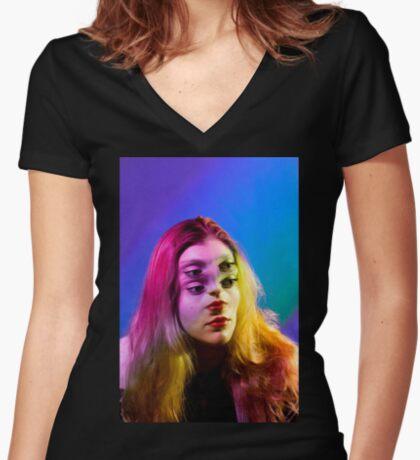Bokrug Women's Fitted V-Neck T-Shirt