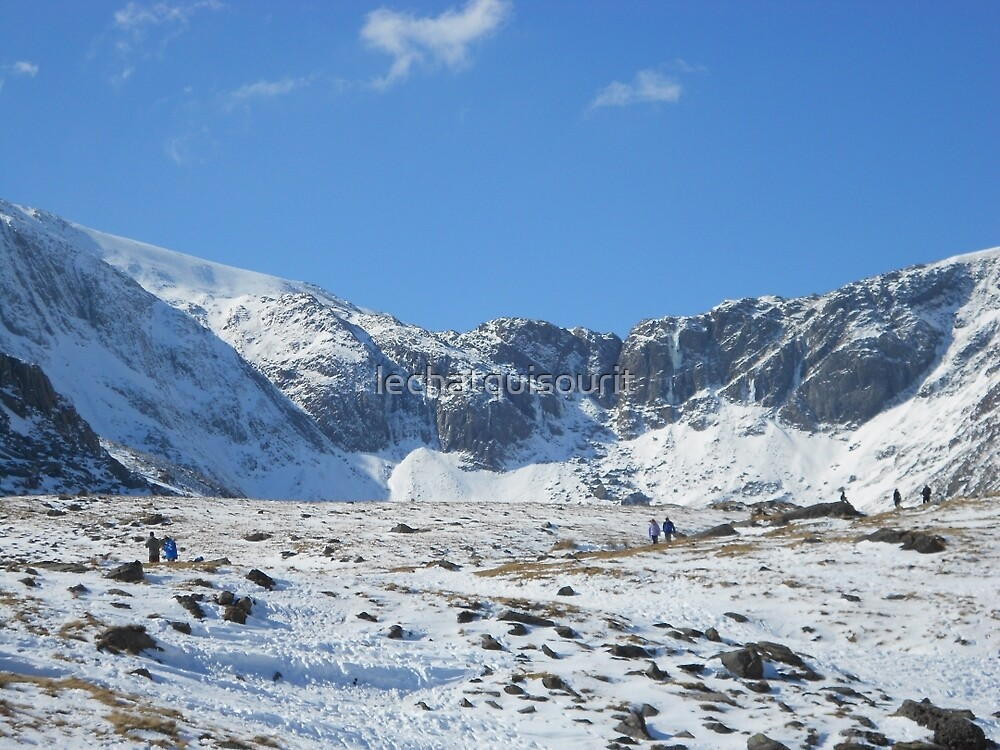Cwm Tryfan by lechatquisourit