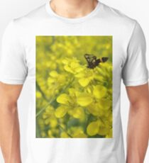 Yellow flower and bee T-Shirt