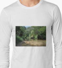 ter river Long Sleeve T-Shirt