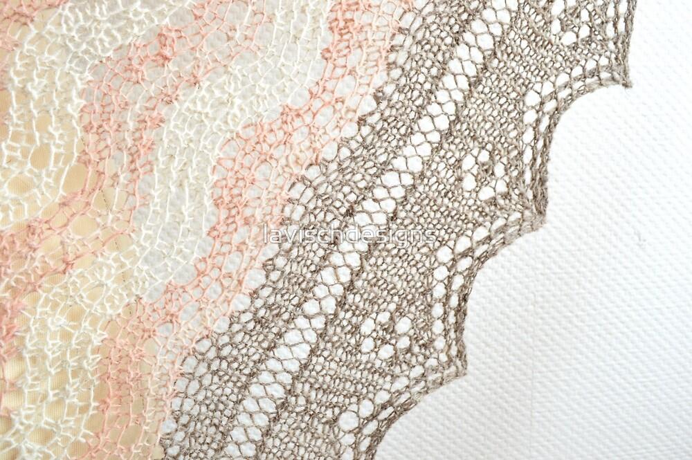 Three-color Shetland knitting by lavischdesigns