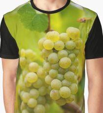 Ripening grapes on the vine Graphic T-Shirt