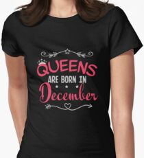 Queens are born in December Women's Fitted T-Shirt