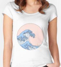 ästhetische Welle Tailliertes Rundhals-Shirt