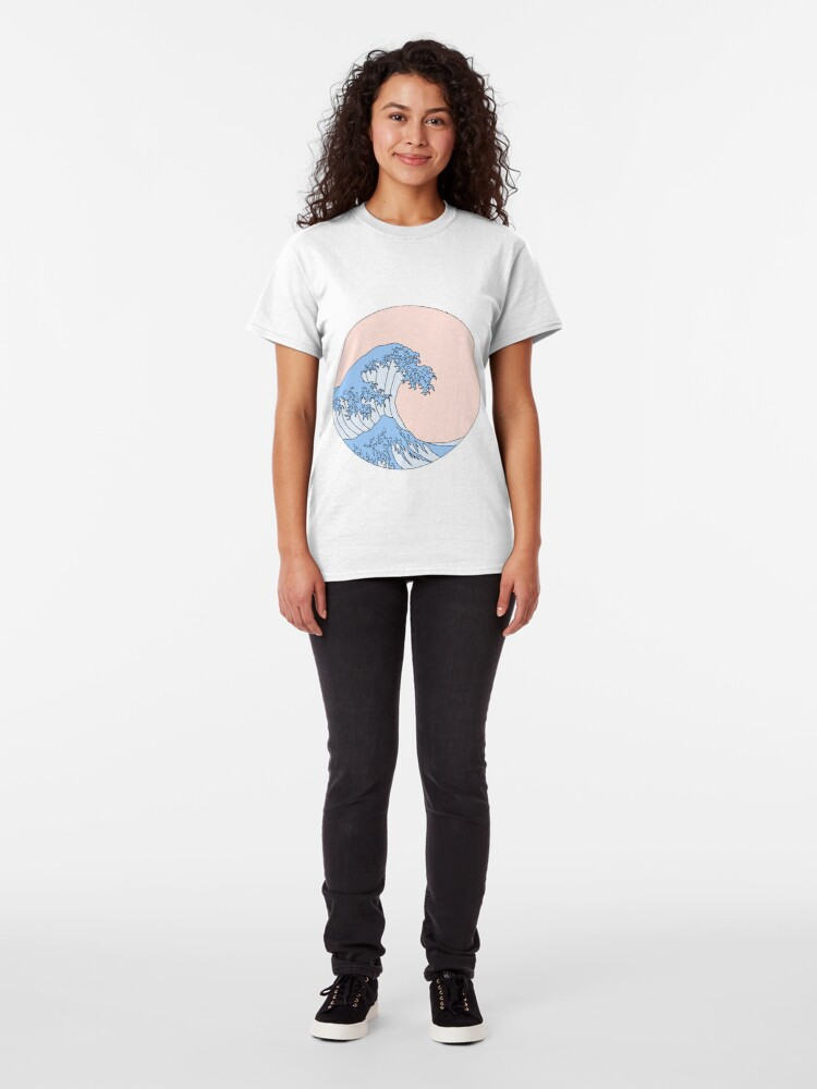 Alternate view of aesthetic wave Classic T-Shirt