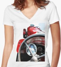 Thirties Speed Women's Fitted V-Neck T-Shirt