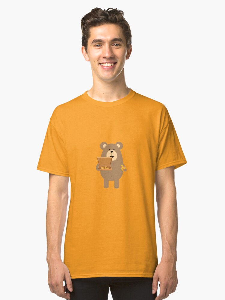 Brown Bear eating Pizza Classic T-Shirt Front