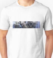 'egy' triangles II  T-Shirt