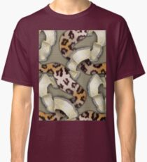 Leopards'n Lace - Yellow Classic T-Shirt