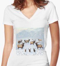 Northern bull elk 2 Women's Fitted V-Neck T-Shirt