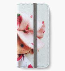 Vintage Strawberry Shortcake iPhone Wallet/Case/Skin