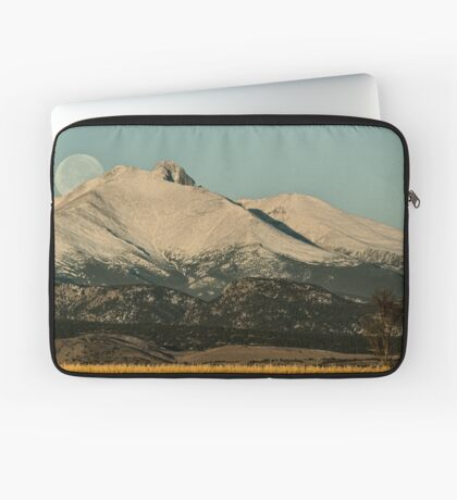 Moonset Over Meeker  and Longs Peak  Laptop Sleeve