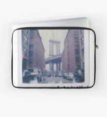 Polaroid Photo - DUMBO, Brooklyn - Zackattack Laptop Sleeve