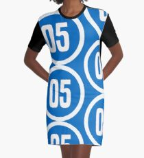 05 Graphic T-Shirt Dress