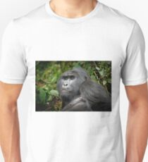 portraet of a silverback mountain gorilla, Bwindi, Uganda T-Shirt