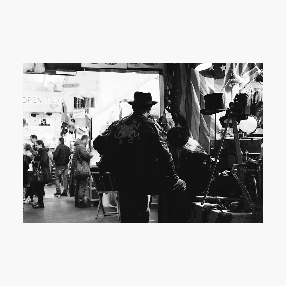 PORTOBELLO ROAD, LONDON - 2016 Photographic Print