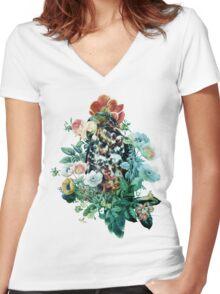 Bird in Flowers Women's Fitted V-Neck T-Shirt
