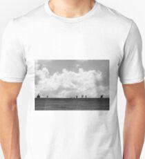 Caminando T-Shirt