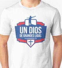 Un Dios en Grandes Ligas T-Shirt
