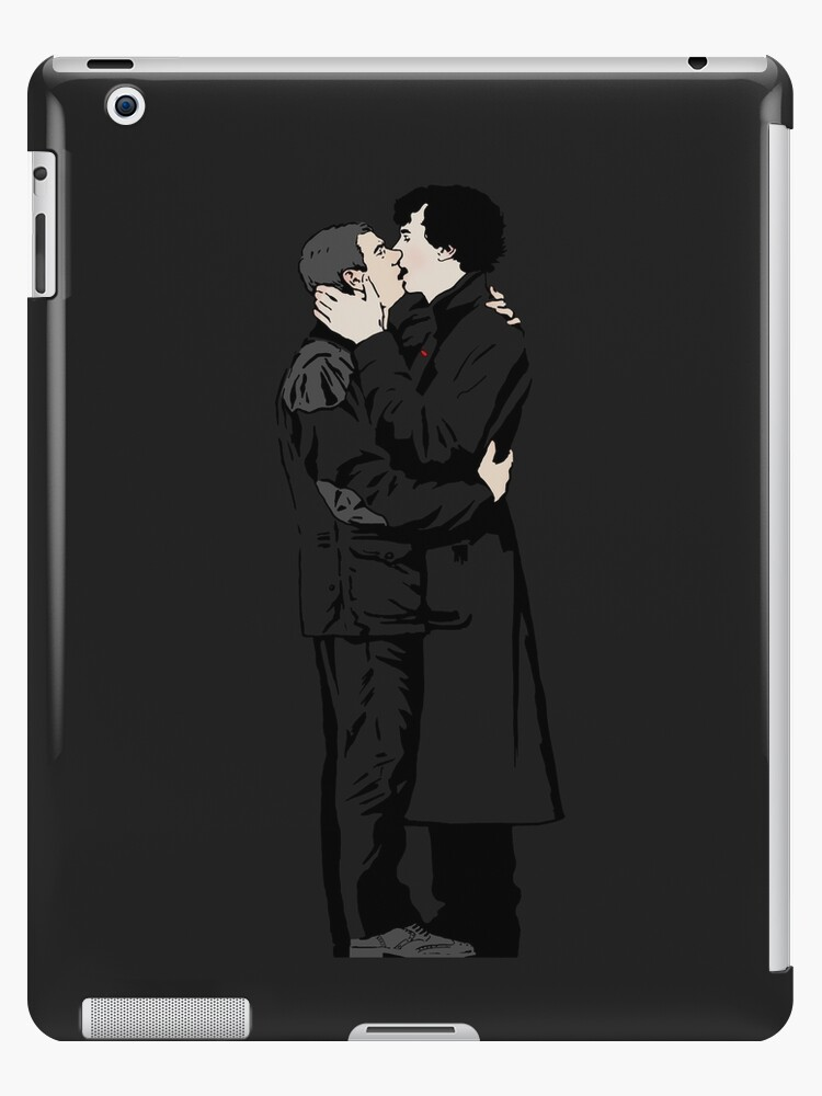 KISSING SHERLOCK AND JOHN in grey by br0-harry