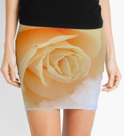 A rose on my heart has melted the snow Mini Skirt