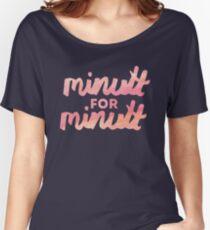 Minutt for Minutt Women's Relaxed Fit T-Shirt