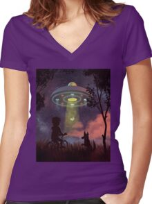 UFO Sighting Women's Fitted V-Neck T-Shirt