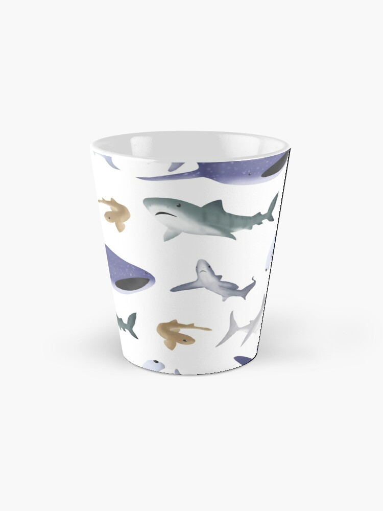 Vista alternativa de Taza Tiburones