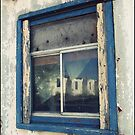 Dilapidation reflected by iamelmana