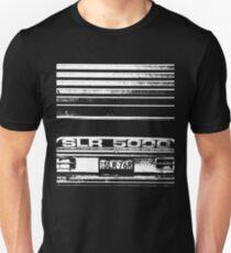 """""""Garaged"""" SLR 5000 A9X Holden Torana T-shirt Slim Fit T-Shirt"""