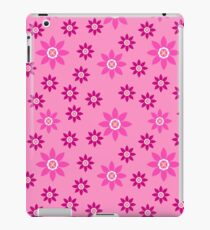 Geometric spring flowers floral design iPad Case/Skin