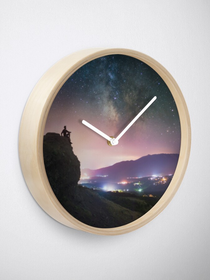Alternate view of Night away from the city Clock