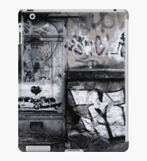 Abstract Graffiti iPad Case/Skin