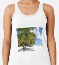 Palmen, blauer Himmel und weißer Sand Tanktop für Frauen