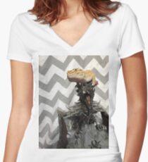 Alduins apprentice (original) Women's Fitted V-Neck T-Shirt