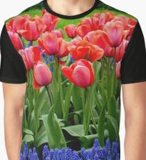 Tulip lines Graphic T-Shirt