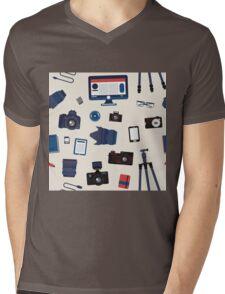 Photographer Set Seamless Pattern - Cameras, Lenses and Photo Equipment Mens V-Neck T-Shirt