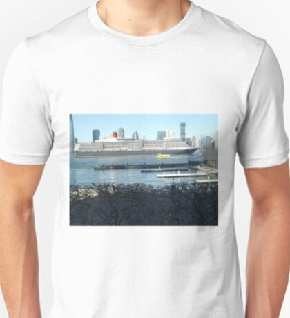 QE2 Enters New York Harbor, Jersey City Skyline, Hudson River T-Shirt
