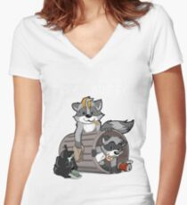 Raccoons grateful Women's Fitted V-Neck T-Shirt