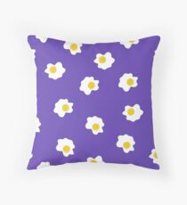 Fried egg design! Time to breakfast Throw Pillow