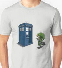 The Legend of Zelda & Doctor Who - Link (Tardis) T-Shirt