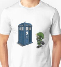 The Legend of Zelda & Doctor Who - Link (Tardis) Unisex T-Shirt
