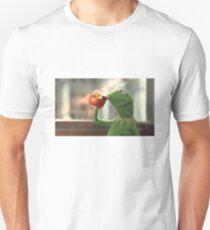 Kermit sipping tea Unisex T-Shirt