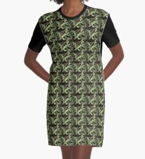 Praying Mantis (Mantidae Stagomantis) Graphic T-Shirt Dress