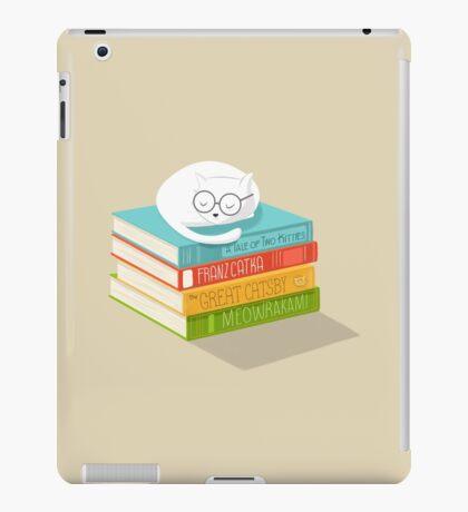 The Cat Loves Books iPad Case/Skin
