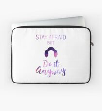 Stay Afraid, But Do It Anyway - Carrie Fisher Laptop Sleeve
