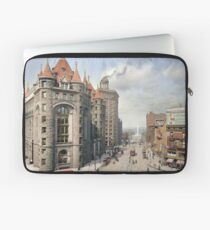 Niagara Street, Buffalo, 1908 Laptop Sleeve