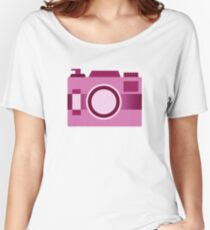 Retro Old-Time Camera, Pink Women's Relaxed Fit T-Shirt