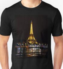 Night lit Eiffel tower Unisex T-Shirt